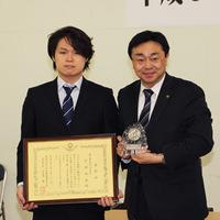 2019-03-22-登別市青少年表彰 市長と町田さん
