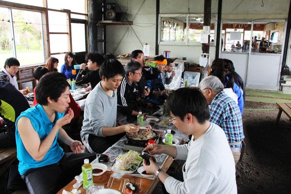 2017-05-26-登山研修 昼食のジンギスカン